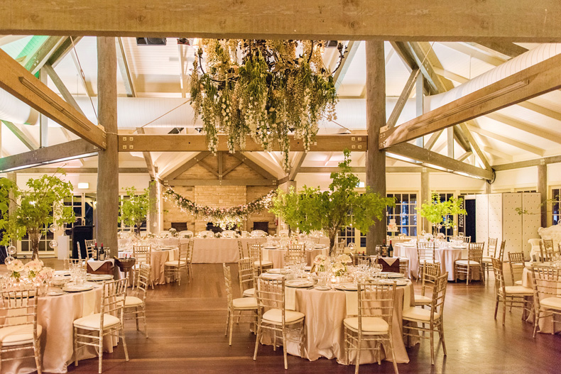 White-White-Wedding-Inspiration-5