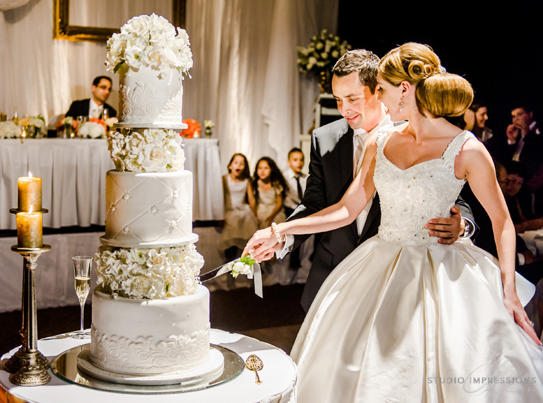 Creative-Vendor-Wedding-Cake-Sweetums-3