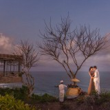 Alila Villas Uluwatu Bali Wedding Fashion 09